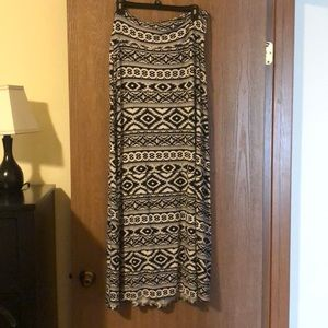 Size XL Aztec maxi skirt.  Gently used.